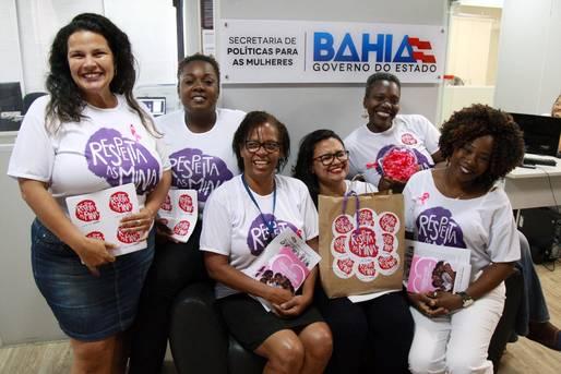 SPM-BA faz ação para lembrar mês de prevenção ao câncer de mama