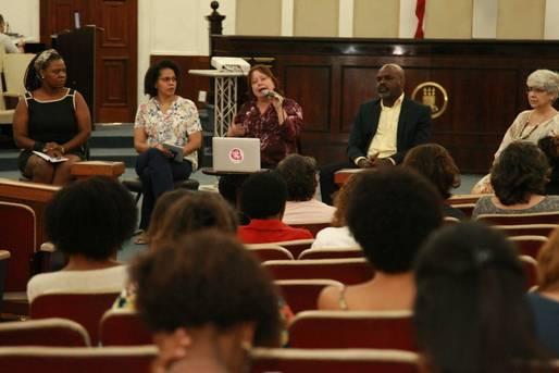 Debate sobre a inserção das mulheres nas ciências é destaque no terceiro dia do congresso da UFBA