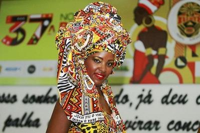 Ilê Aiyê homenageia arte do Recôncavo ao escolher musa do Carnaval